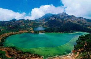 Dieng Plateau: Tanah Nirwana yang Jatuh di Pulau Jawa.