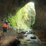 Cave Tubing Kalisuci: Eksotisme Alam yang Menyatu Dengan Tegangnya Petualangan